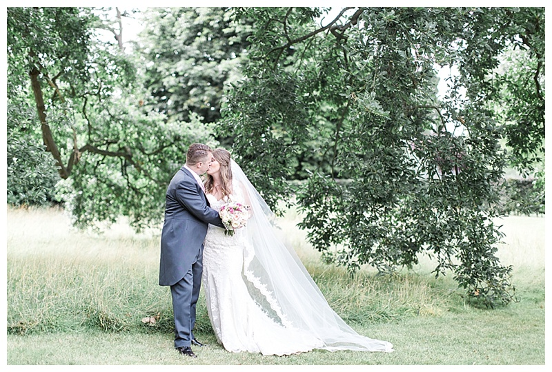 Wedding Wednesday ~ Chloe & Steve ~ Woburn Sculpture Gallery Wedding